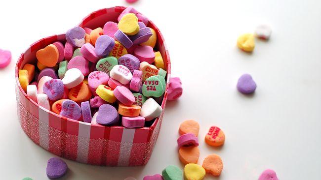 Serba-serbi Hari Kasih Sayang