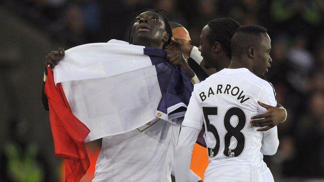 ... membawa kemenangan bagi timnya atas West Ham. (Reuters/Rebecca Naden