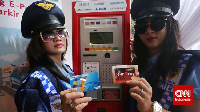 Keempat bank tersebut adalah, PT Bank Mandiri Tbk, PT Bank Negara Indonesia Tbk, PT Bank Rakyat Indonesia Tbk dan PT Bank Central Asia Tbk. (CNN Indonesia/Adhi Wicaksono)