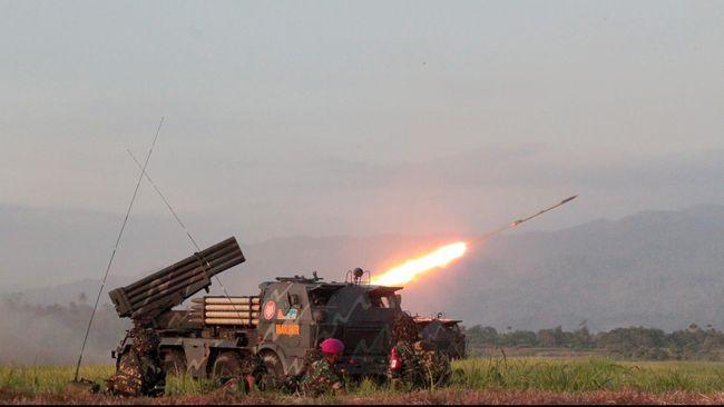 Saat Densus & Daeng Koro Baku Tembak, TNI Kepung Gunung Biru