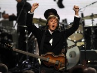 Paul McCartney Gandeng Mantan Produser Adele Garap Album Baru