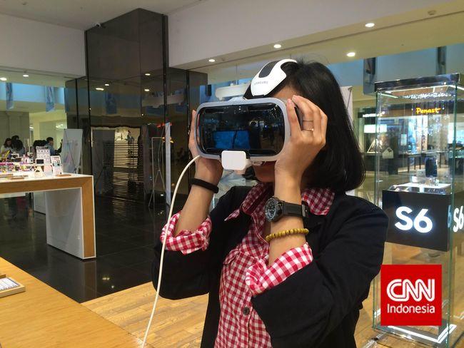 Kacamata Virtual Reality Samsung Dijual Rp 13 Juta