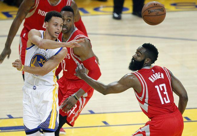 Hempaskan Spurs, Warriors Tantang Cavaliers di Final NBA