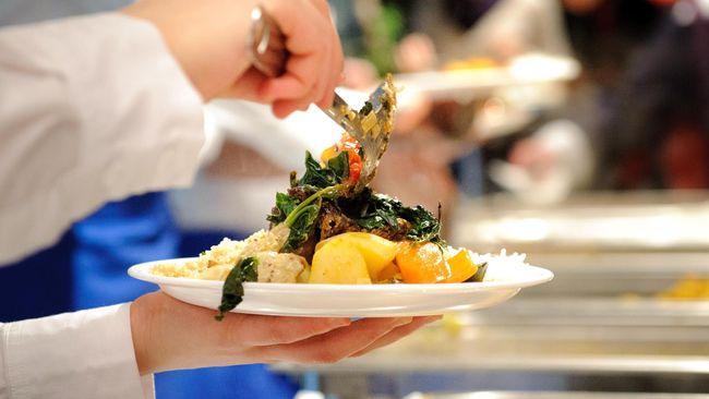 Lima Bahaya yang Mengintai Saat Anda Makan Terlalu Banyak