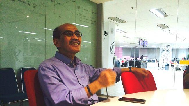 Faisal Basri Kritik Pemerintah Yang 'Menahan' Harga BBM