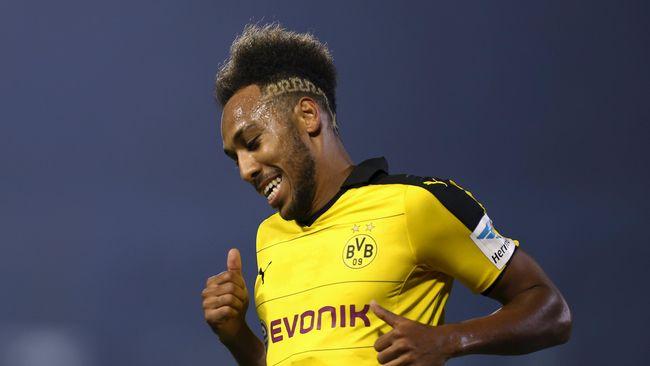 Aubameyang Tentukan Nasibnya di Dortmund - Jakarta CNN Indonesia Nama Aubameyang kembali menghiasi daftar bursa transfer favorit pada musim Selain dikaitkan dengan striker Borussia