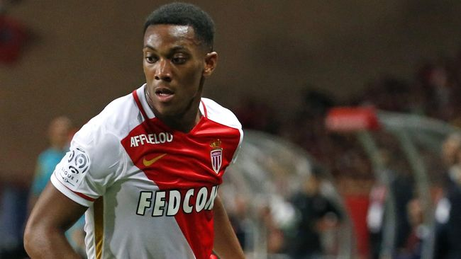 Agen Bola Online - Martial Sang Penerus Thierry Henry