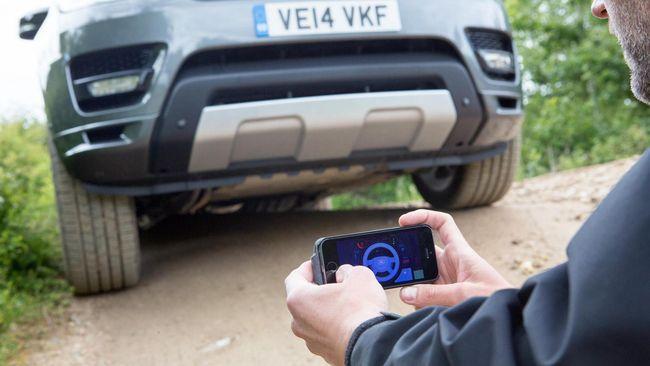 Land Rover Buat Mobil Otonom, Disetir Pakai iPhone