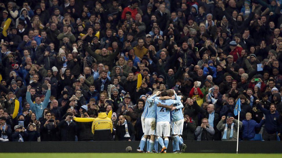 Foto Terbaik Duel Man City vs Everton