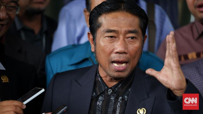 Lulung Ngotot Labrak Moratorium Pembahasan - Jakarta CNN Indonesia Ketua Dewan Perwakilan Rakyat Daerah Provinsi DKI Jakarta Abraham Lunggana menghendaki pembahasan dua rancangan peraturan