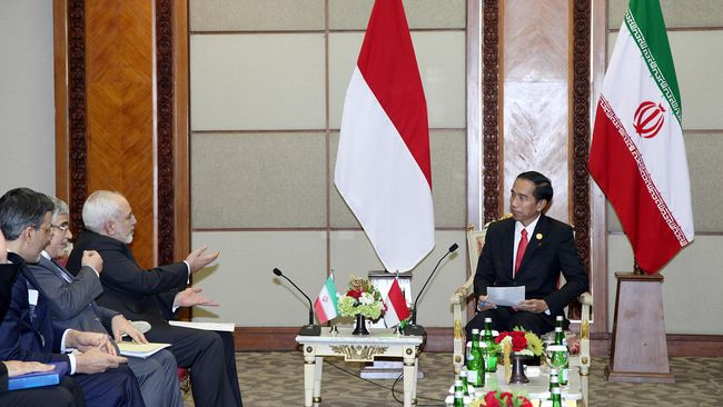 Jokowi Minta Iran Menahan Diri Demi Perdamaian Timur Tengah