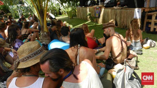 Yoga Sosial ala Bali Spirit Festival 2016