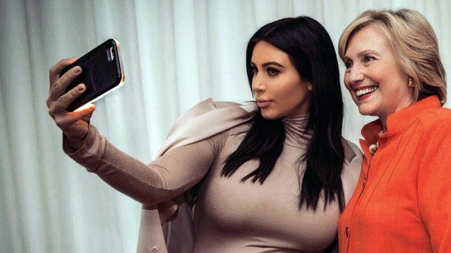 Selfie ala dari Kylie Jenner - Jakarta CNN Indonesia atau swafoto kini makin menanjak Hampir setiap media terutama Instagram identik dengan swafoto selebgram pun