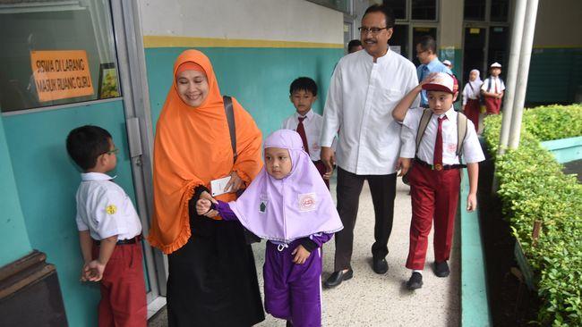Kebijakan 'Full Day School' Akan Menambah Beban Guru