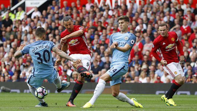 Duel Derby Manchester di Piala Liga Akan Dipimpin oleh Wasit Mike Dean