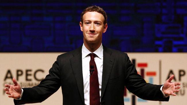 Akhirnya, Zuckerberg Punya Gelar Sarjana!