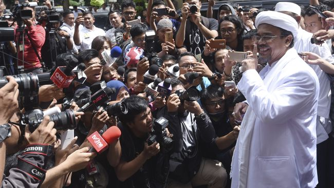 Rizieq Enggan Pulang, Akan Undang Anggota Komnas HAM ke Arab