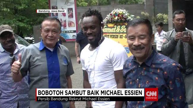 CNN Indonesia Detail: Bobotoh Sambut Baik Michael Essien