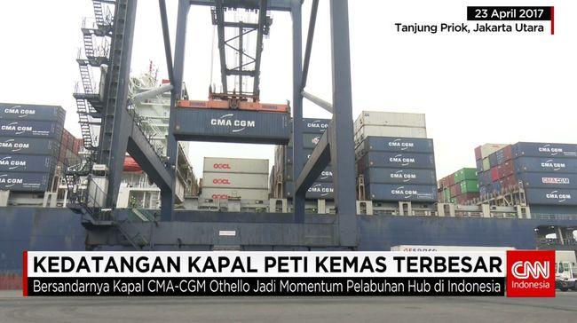 CNN Indonesia Detail: Kapal Peti Kemas Terbesar Yang Pernah Bersandar Di Jakarta