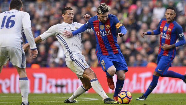Balotelli: Saya Harus Bunuh Ronaldo-Messi Demi Ballon d'Or