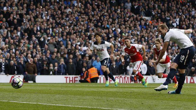 Petinggi Spurs pada Kane Tidak - Jakarta CNN Indonesia Striker Tottenham Hotspur Harry Kane kembali dikaitkan dengan Manchester United dalam bursa transfer musim panas