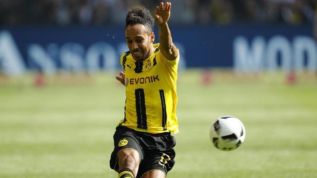 Tiket Liga Champions untuk Dortmund - Jakarta CNN Indonesia Penyerang asal Gabon menjadi pahlawan bagi Borussia Dortmund untuk merebut tiket terakhir ke Liga Champions