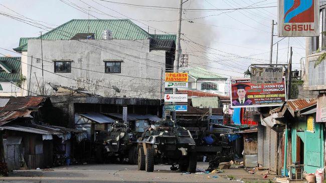Menlu Sebut 16 WNI Terperangkap di Bentrok Marawi