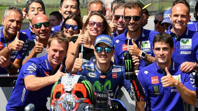 Rossi-Marquez Jauh di Belakang, Vinales Tak Ambil Risiko