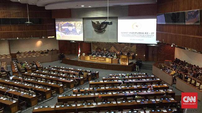 Paripurna DPR Amini Tujuh Nama - Jakarta CNN Indonesia Rapat Paripurna DPR menyetujui laporan hasil uji kelayakan dan kepatutan and proper Dewan Komisioner Otoritas