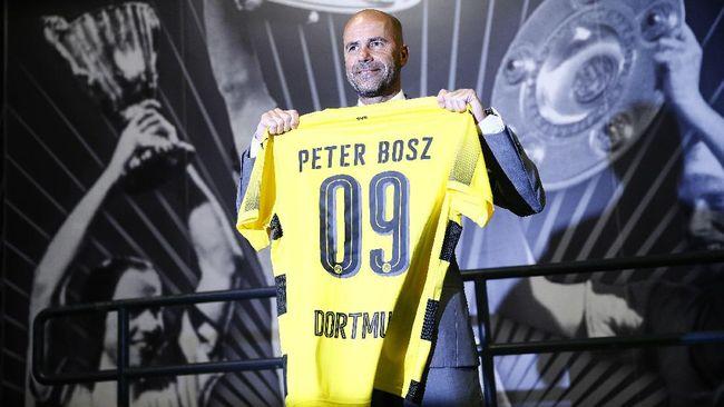Mantan Bos Ajax Memilih Borussia - Jakarta CNN Indonesia Peter Bosz menjadi buah bibir kala ia mampu mengantar Ajax Amsterdam ke partai final Liga