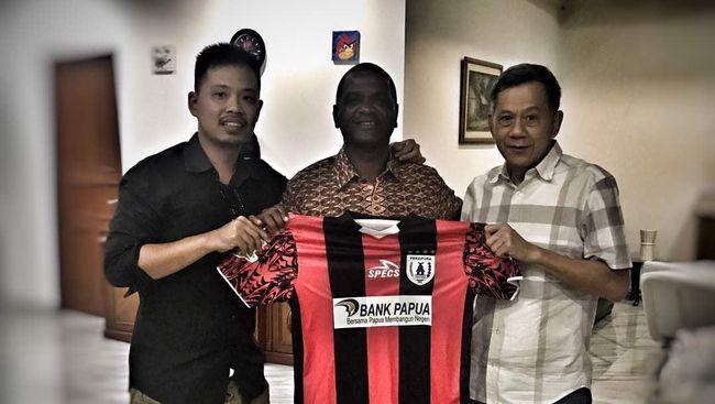 Doa Wanderley Persipura ke Puncak - Jakarta CNN Indonesia Wanderley Junior untuk mengantar Persipura Jayapura ke puncak klasemen sementara Liga terkabul setelah berhasil mengalahkan