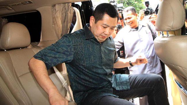 Hary Tanoe Bungkam Saat Penuhi - Jakarta CNN Indonesia Hary Tanoesoedibjo hari pemeriksaan sebagai tersangka kasus dugaan ancaman lewat pesan singkat terhadap Kepala Subdirektorat