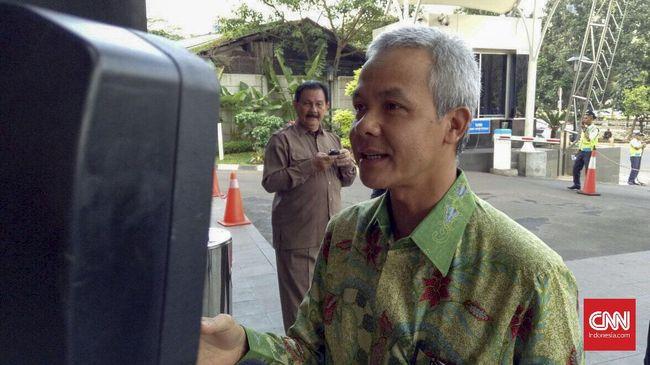 Ganjar Tunggu Waktu Tepat Daftar - Jakarta CNN Indonesia Pranowo belum mendaftar sebagai bakal calon gubernur pada penjaringan kandidat Pemilihan Gubernur Jawa Tengah yang
