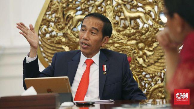 Jokowi Tagih Progres Pengentasan Kemiskinan - Jakarta CNN Indonesia Presiden Joko Widodo meminta Menko Pembangunan Manusia dan Kebudayaan Puan Maharani dan Menko Perekonomian Darmin