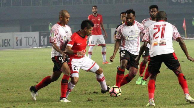 Persipura Bungkam Arema di Malang - Jakarta CNN Indonesia Persipura Jayapura berhasil membungkam tuan rumah Arema FC di Stadion Minggu dengan skor Gol Persipura