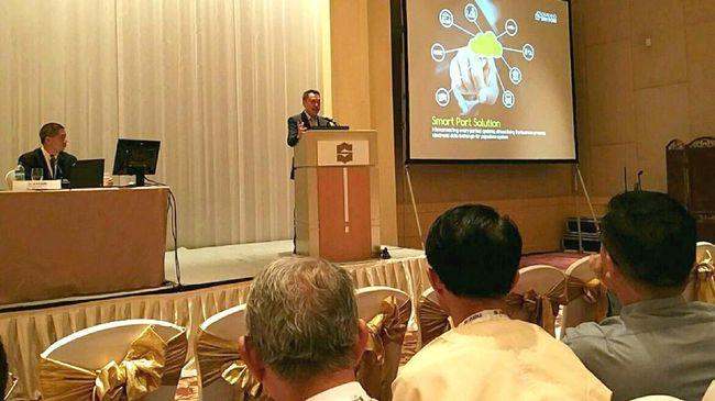 Cikarang Dry Port Wakili Indonesia - Jakarta CNN Indonesia Cikarang Dry Port menjadi perwakilan asal Indonesia dalam konferensi pelabuhan dan pelayaran terbesar di ASEAN