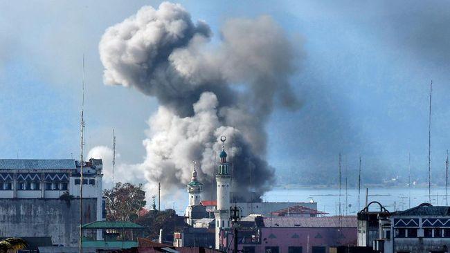 Konflik Barat Larang Warganya ke - Jakarta CNN Indonesia Pemerintah negara Barat mengeluarkan travel warning alias peringatan perjalanan ke selatan karena konflik Marawi yang