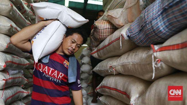 Aprindo Anggap Beras Premium Ribu - Jakarta CNN Indonesia Ketua Umum Asosiasi Pengusaha Ritel Indonesia Roy Nicholas Mandey harga beras premium di level sekitar