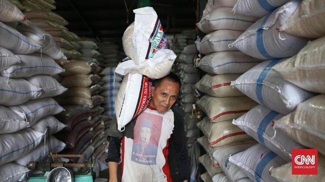 Jelang Idul Beras Premium Dipatok - Jakarta CNN Indonesia Metro Jaya bekerja sama dengan Pemerintah Provinsi Kementerian Perdagangan dan Badan Urusan Logistik DKI menyelenggarakan
