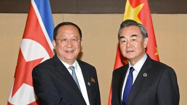 China Telepon Minta AS dan - Jakarta CNN Indonesia mendorong Amerika Serikat dan Korea Utara untuk segera menghentikan dan ini disampaikan pada Selasa setelah
