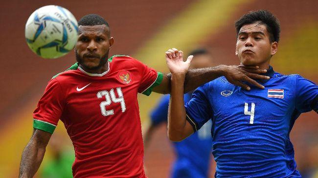 Evan Keluhkan Lapangan di Laga - Jakarta CNN Indonesia Indonesia harus puas bermain imbang dengan tim favorit Thailand pada laga pertama Grup SEA Games