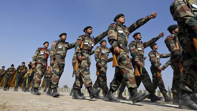 Tentara India dan China Bentrok di Himalaya